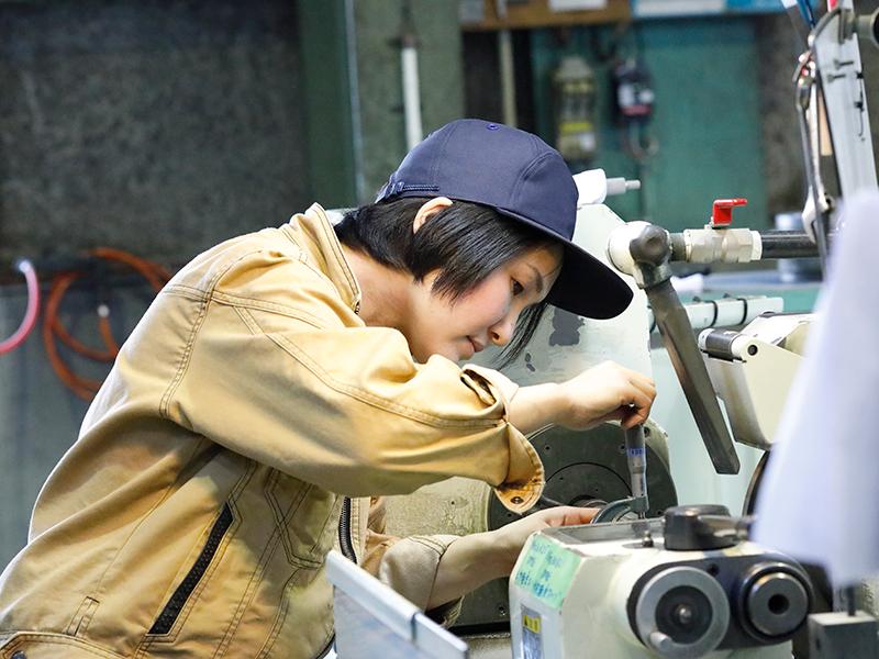 女性の入社で変わった働き方の制度。2時間有給取得。3年間の産休・育休制度を導入予定