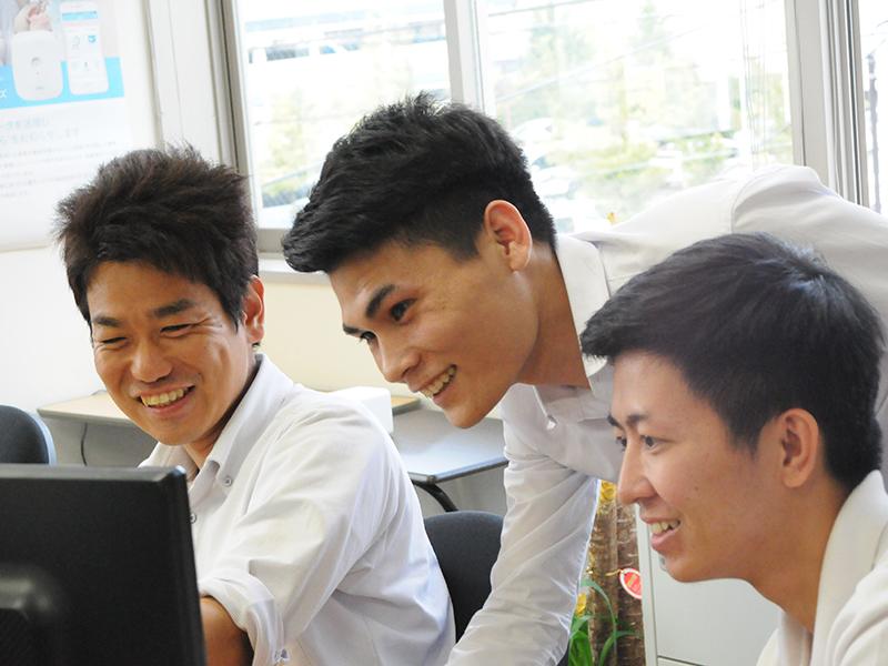 社内アンケートやシステムの導入で働きやすい職場環境を整える